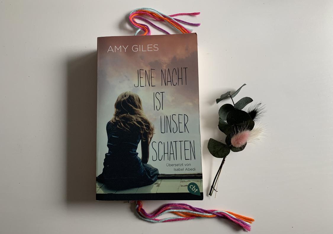 [Rezension] Amy Giles – Jene Nacht ist unser Schatten